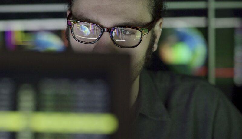 Watching Global Screen